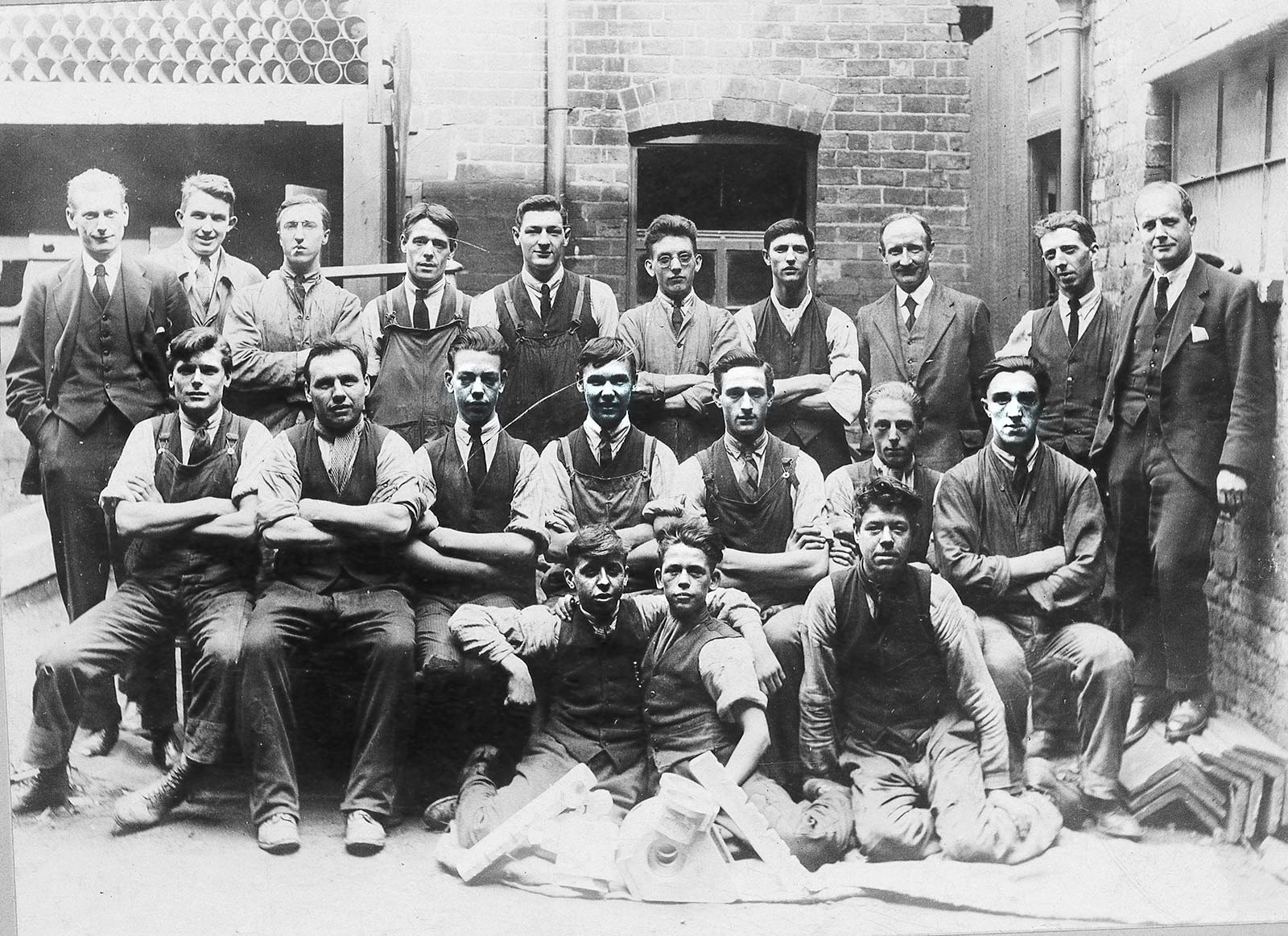 JHL Workers 1920's