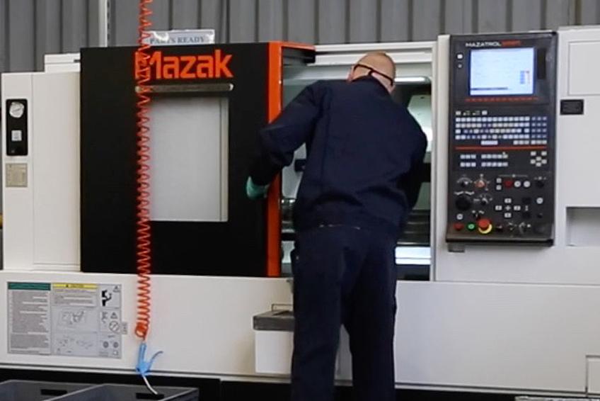L Mazak Quick Turn Machine